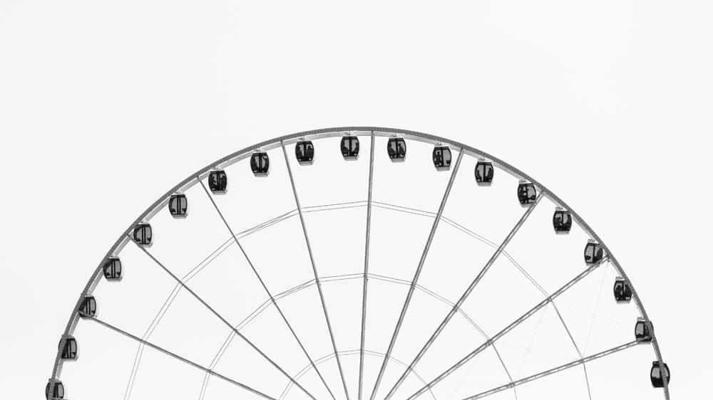 Egal ob positiv oder negativ: Entscheidungen tun Prozessen gut und nur wer Entscheidungen trifft, bleibt in Bewegung (wie dieses Riesenrad).